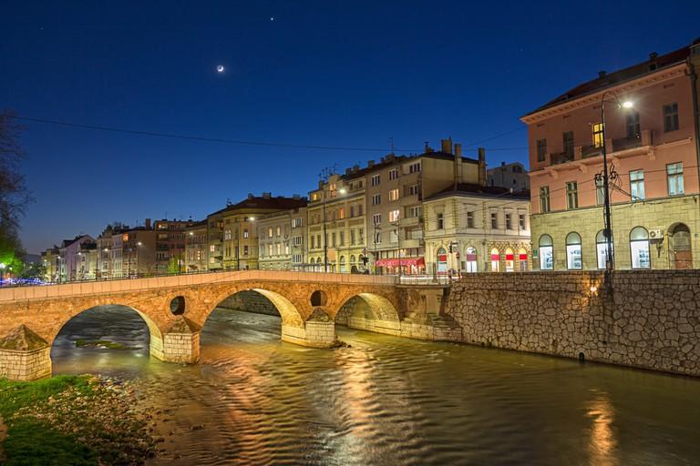 Latin Bridge on Miljacka River- Sarajevo, Bosnia and Herzegovina | © Dreamer Company/Shutterstock