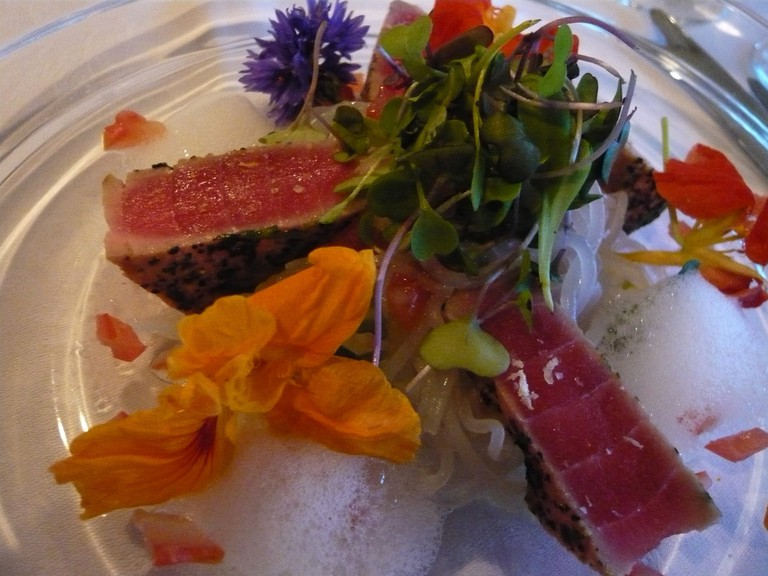 Tuna With Flowers at Hippopotamus Restaurant