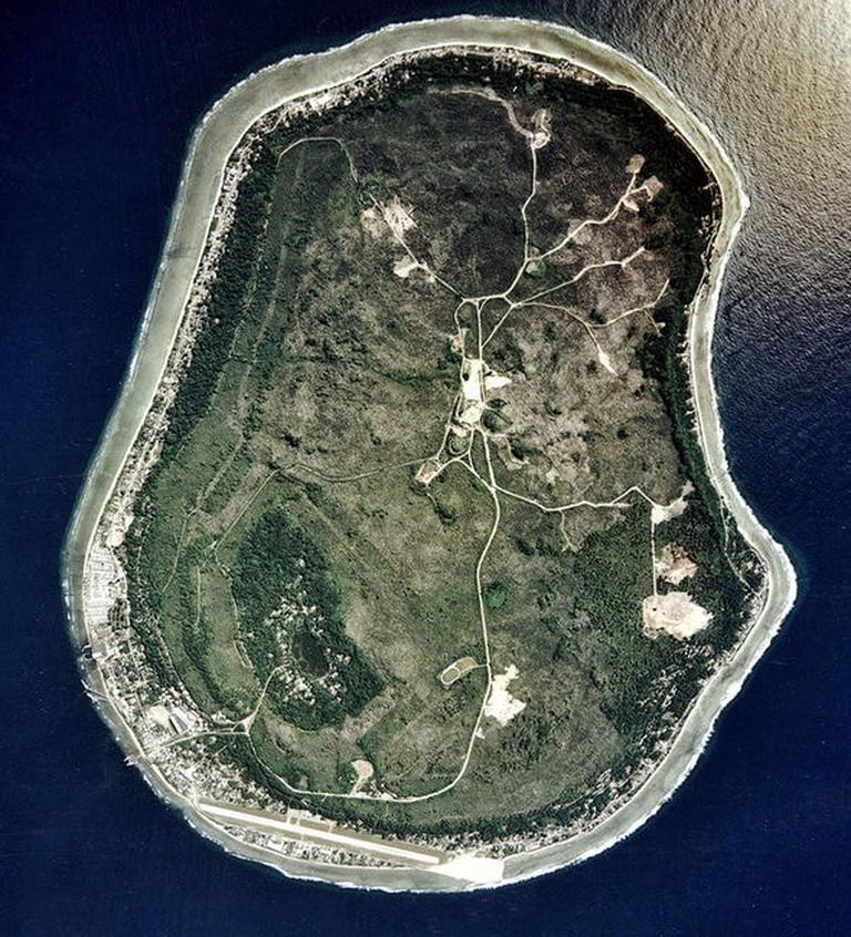 800px-Nauru_satellite