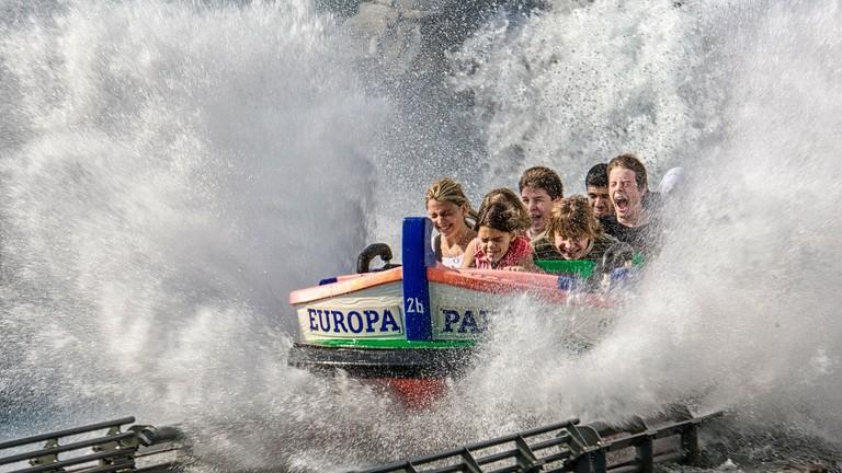 amusement-park-237200_1280