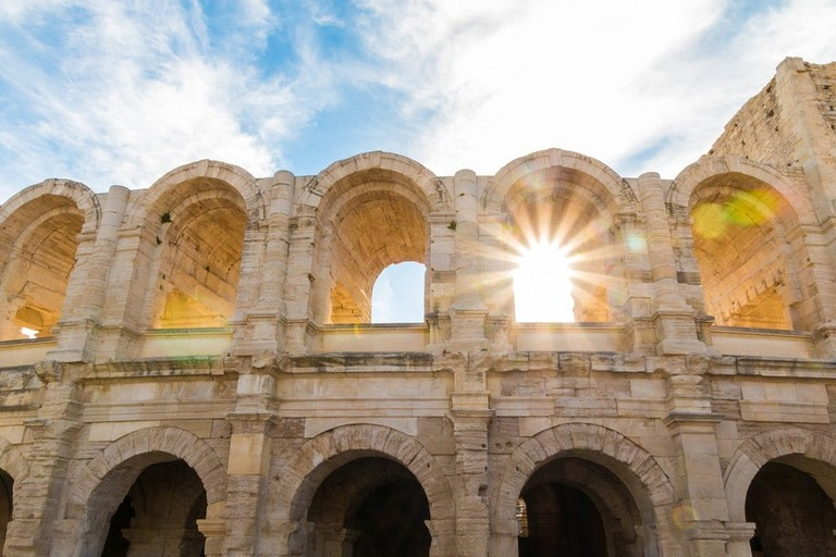 https://pixabay.com/en/the-amphitheatre-of-arles-colosseum-2591508/