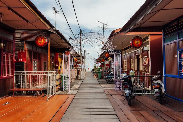 Walkway in Chew Clan Jetty, Penang | © Glass frog / Shutterstock