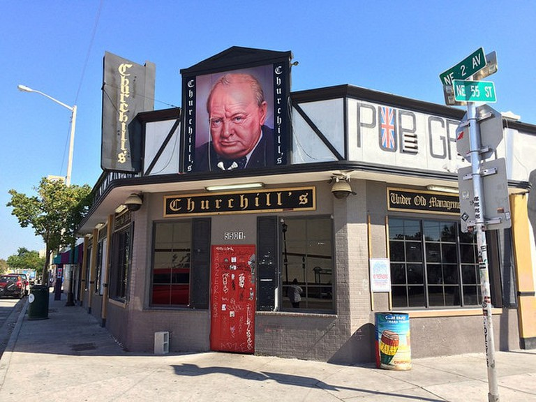 Churchill's Pub in daytime