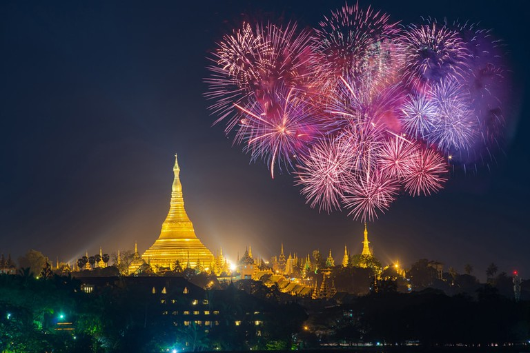 Fireworks-and-the-Shwedagon-in-Yangon-Myanmar