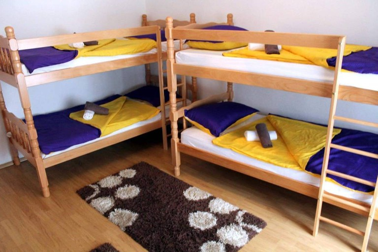 Hostel Tarik
