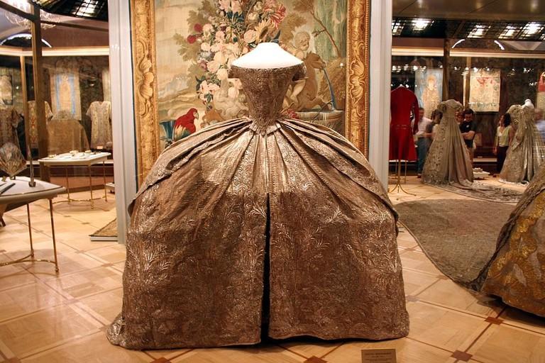 Свадебное платье Екатерины II (1745) Кремлевская броня