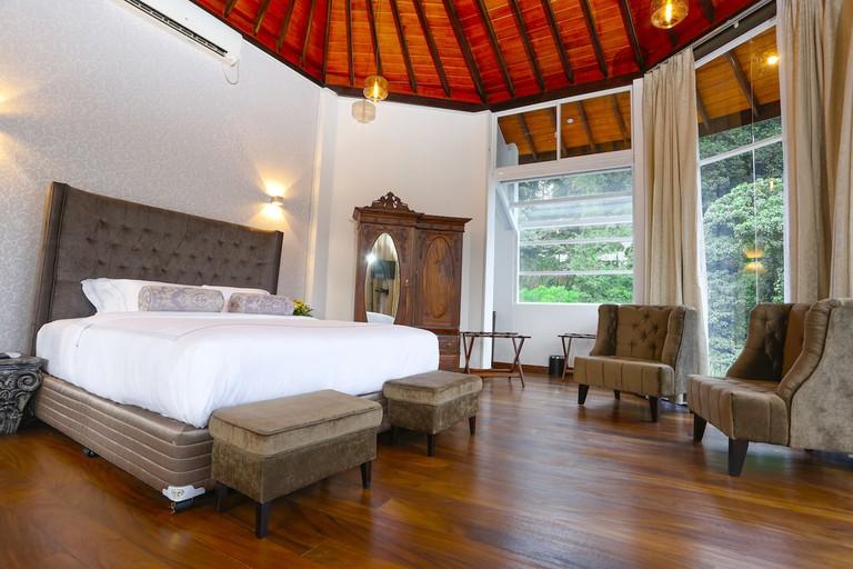 Spacious rooms at Viyana