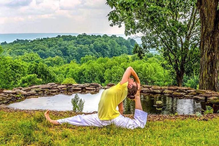 Sivananada-Ashram-Yoga-Ranch-New-York