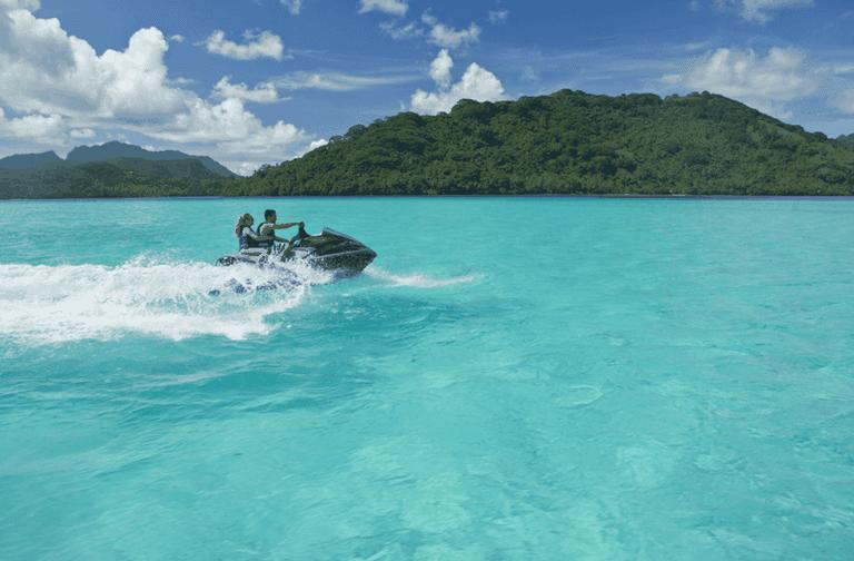 Jet skiing in French Polynesia | © Tahiti Tourisme