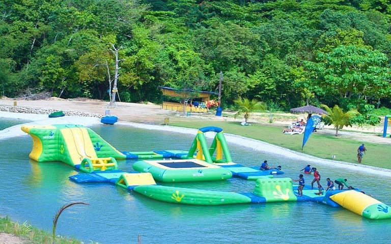 Wata Land Float