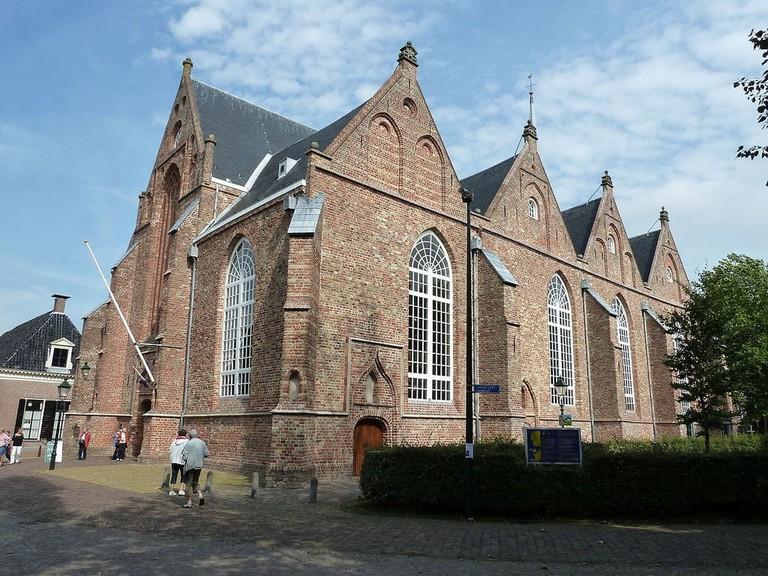 1200px-Grote_of_Jacobijner_kerk_te_Leeuwarden