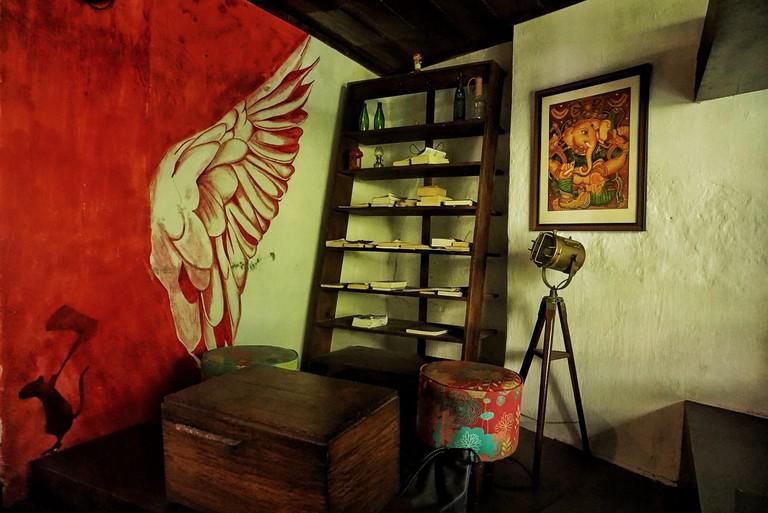 Loafer's Corner Café