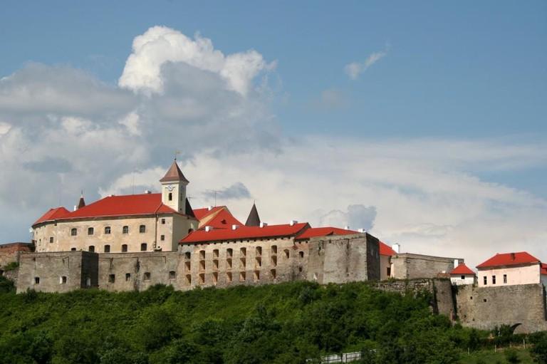 Замок__Паланок_._Вид_з_півночі