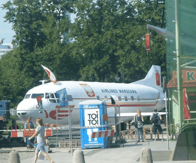 Aeroplane bar