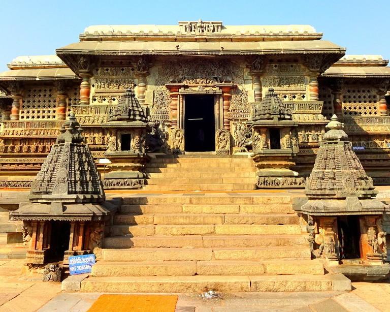 Chennakeshava Temple, Belur   © Abhin@v