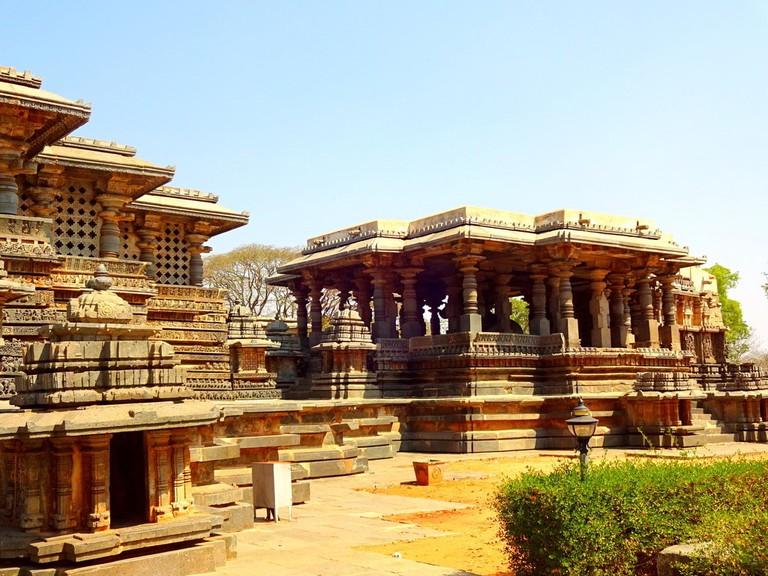 Hoysaleshwara Temple, Halebidu   © Abhinav Alva