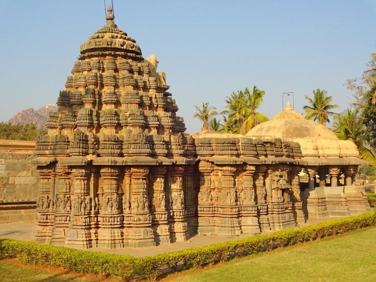 Ishvara Temple, Arasikere   © Abhin@v