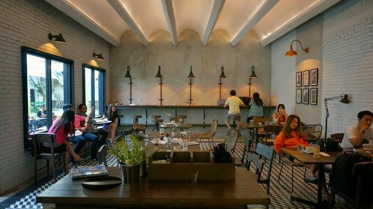 Historica Coffee & Pastry, Surabaya