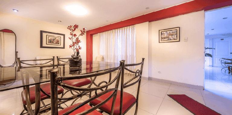 The inside of Casa Fanning Apart Hotel