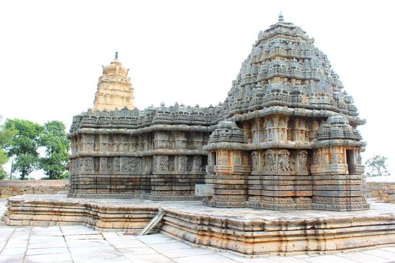 Lakshmi Narasimha Temple, Nuggehalli   © Abhin@v
