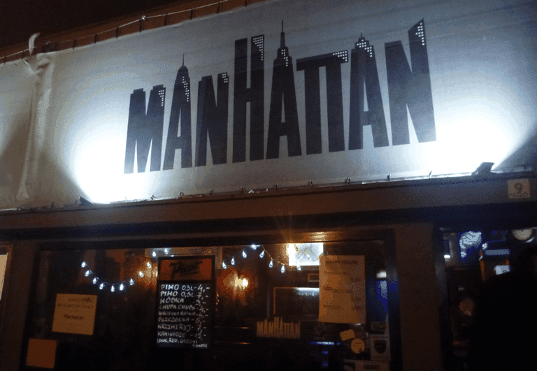 Manhattan Pub Jonny Blair Warsaw