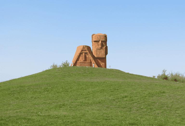 Papik Tatik Jonny Blair Nagorno Karabakh Stepanakert Ola Mueller
