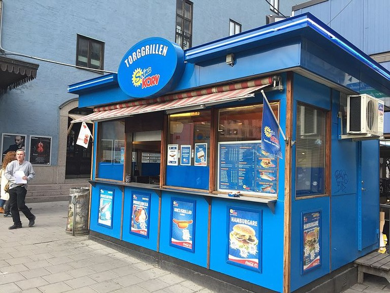 Torggrillen's unmissable blue exterior