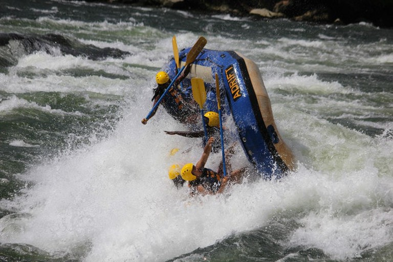 10.reasons.to.visit.uganda.gifted.by.jinja.rafting