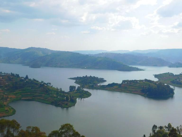 10.reasons.to.visit.uganda.gifted.by.lake.bunyonyi