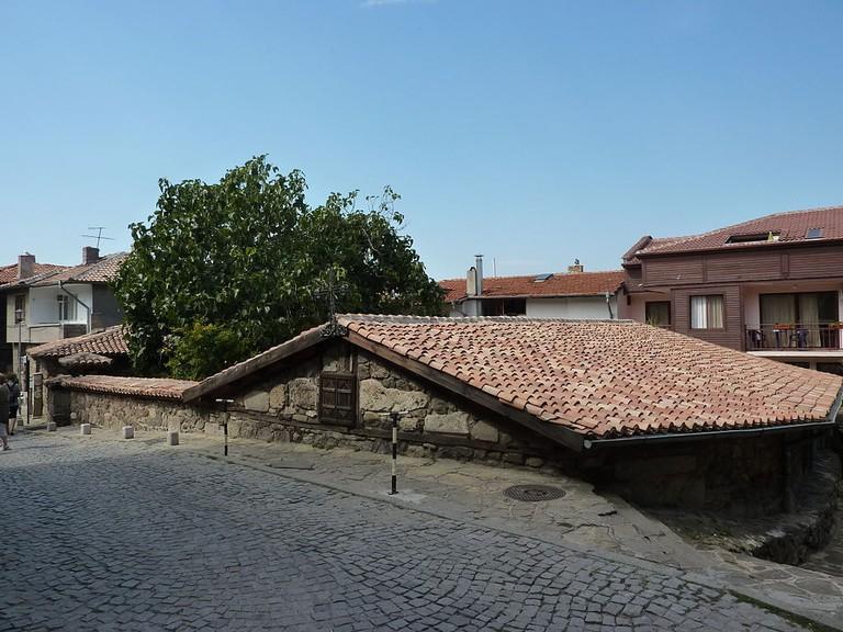 1024px-Sozopol_-_Church_of_the_Theotokos_-_street_view_-_P1020468