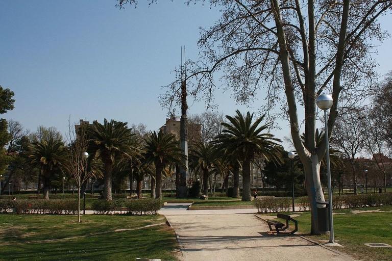 1280px-Parque_del_Tio_Jorge_-_March_15_2009_-_view_of_Monumento_al_Tio_Jorge