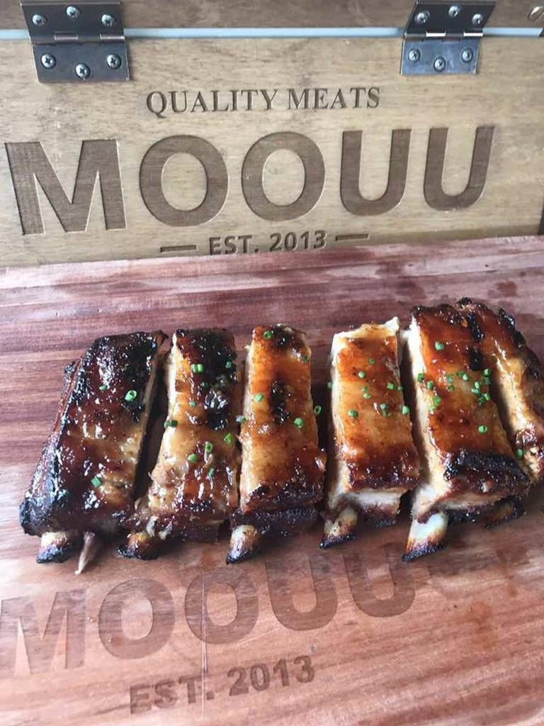 MOOUU Quality Meats, Glifada