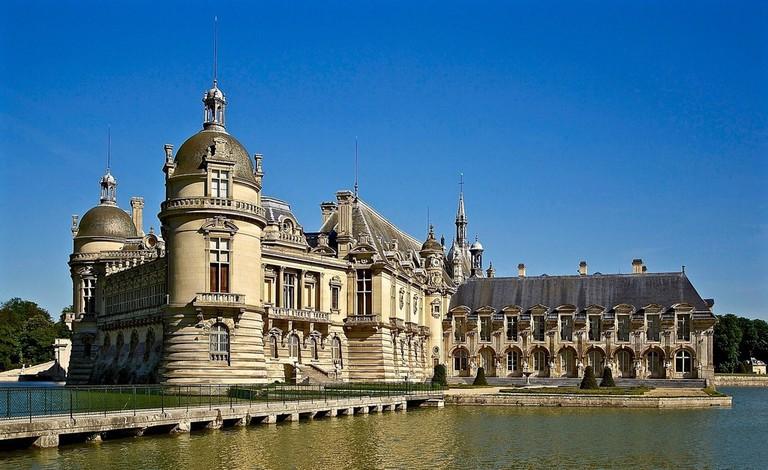 chateau-de-chantilly-1106563_1920