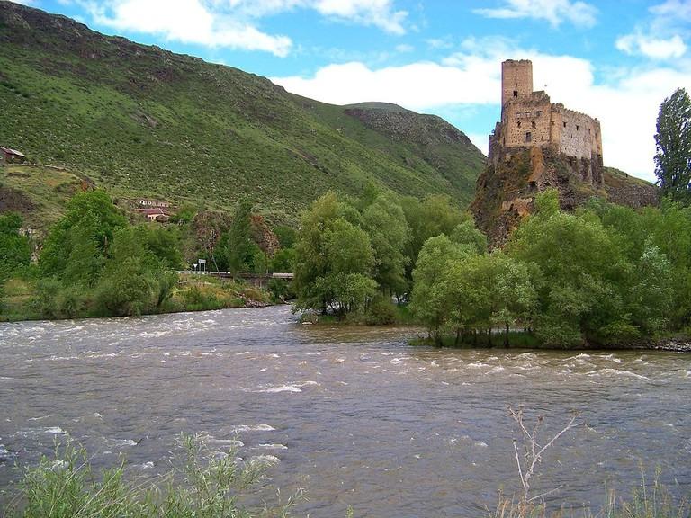 Fortress_of_Khertvisi1_(edited) (1)