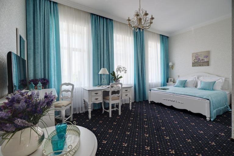 Gostiny Dvor Hotel, Kharkov