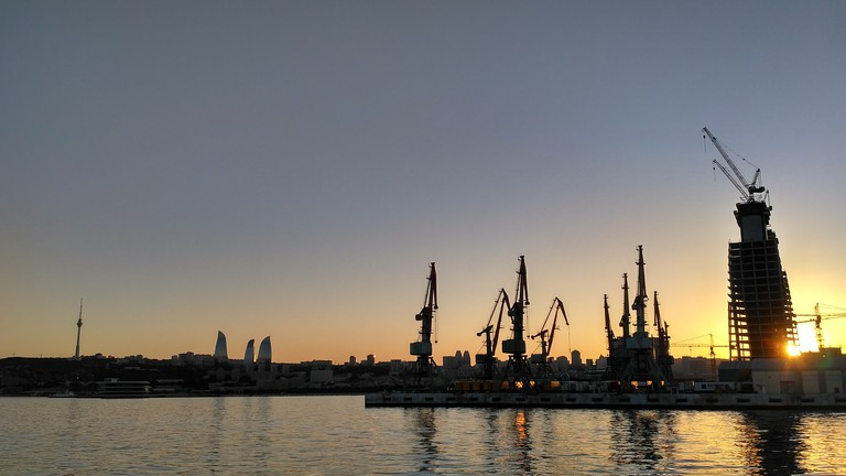 New City Park sunset overlooking the city and the Caspian Sea | © Sam Bedford
