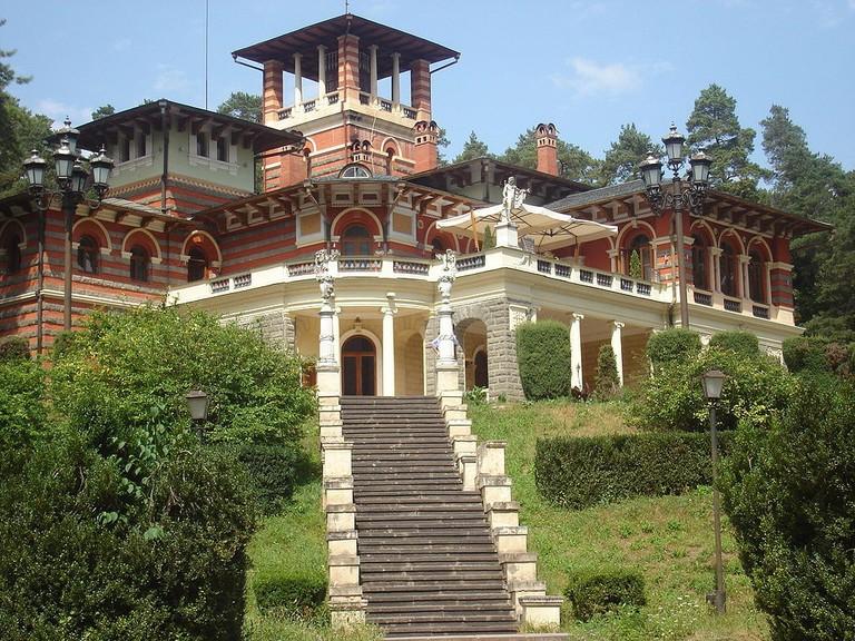 Likani_Palace