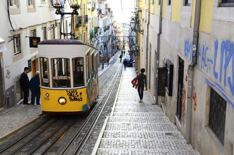 lisbon-1666082_1280