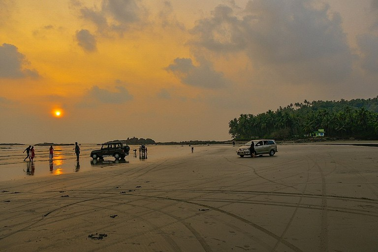 Muzhappilangad Beach Shagil Kannur WikiCommons