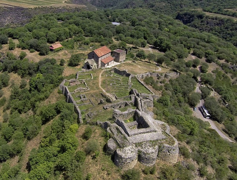 Ruins_of_Dmanisi_Castle