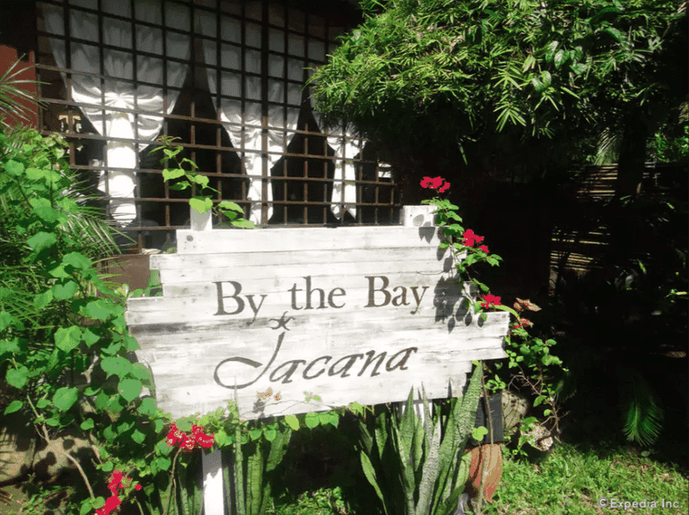 By the Bay Jacana Bed and Breakfast
