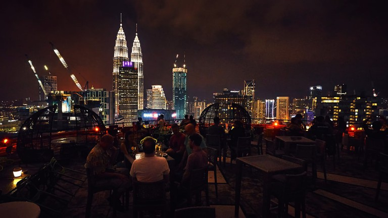 A great night view of the Petronas Towers from the Heli Lounge Bar | © Vladimir Zhoga