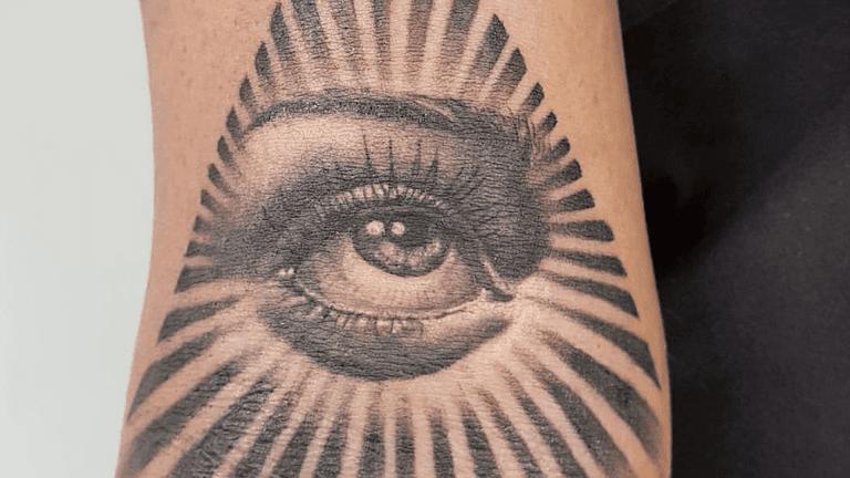 Tattoo studios_Black Lodge-min