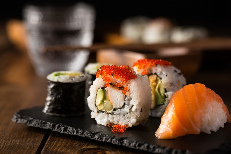 The Sushi Bar, Street 302