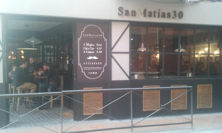Sann Matias 30, one of Granada´s cleekest cocktail bars