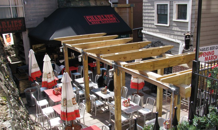 Charlie's Kitchen outdoor patio