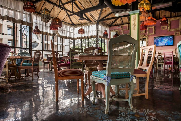 Shakespeare and Co. ( Café Restaurant – Chocolates), عمّان