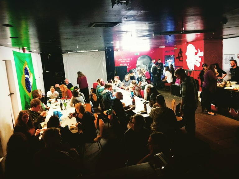 Giro's Cafe