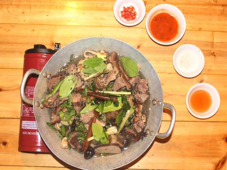 Nhà hàng Khám Phá Việt