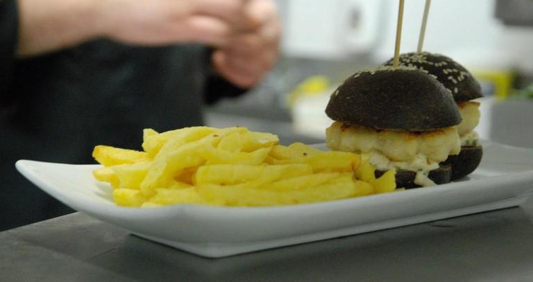 Mini shrimp burgers at El Rodamon de Russafa, Valencia.